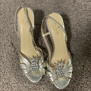 Kate Spade Sling Back Pineapple Heels Silver Size7